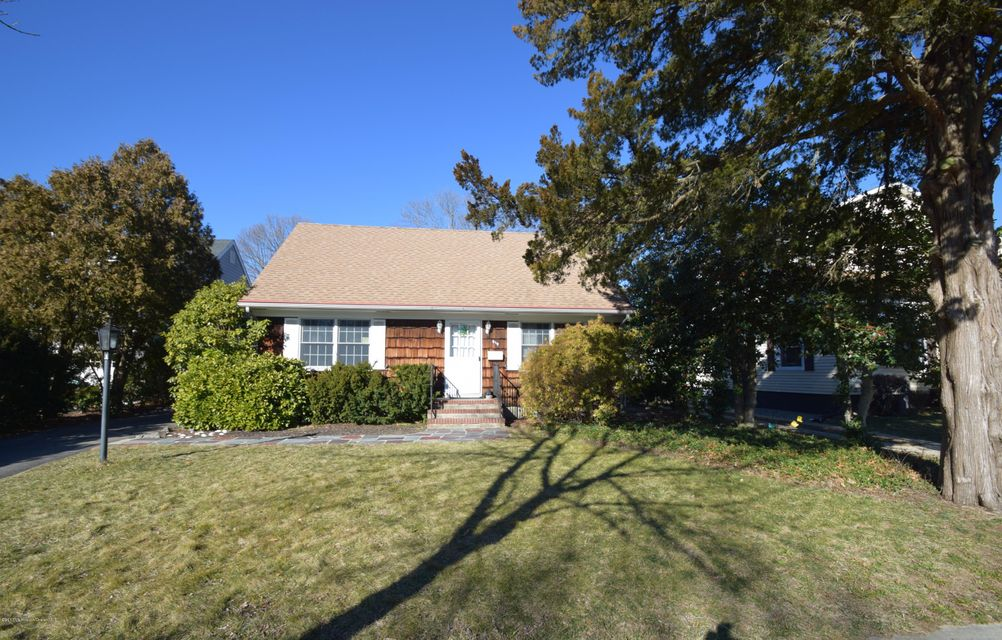 Single Family Home for Rent at 619 New York Boulevard 619 New York Boulevard Sea Girt, New Jersey 08750 United States
