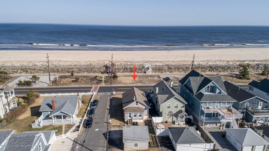 Single Family Home for Sale at #572 Ocean Avenue #572 Ocean Avenue Sea Bright, New Jersey 07760 United States