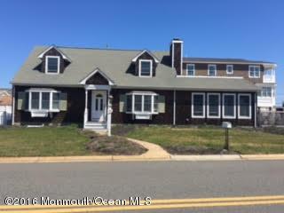 Casa Unifamiliar por un Alquiler en 134 Pershing Boulevard 134 Pershing Boulevard Lavallette, Nueva Jersey 08735 Estados Unidos