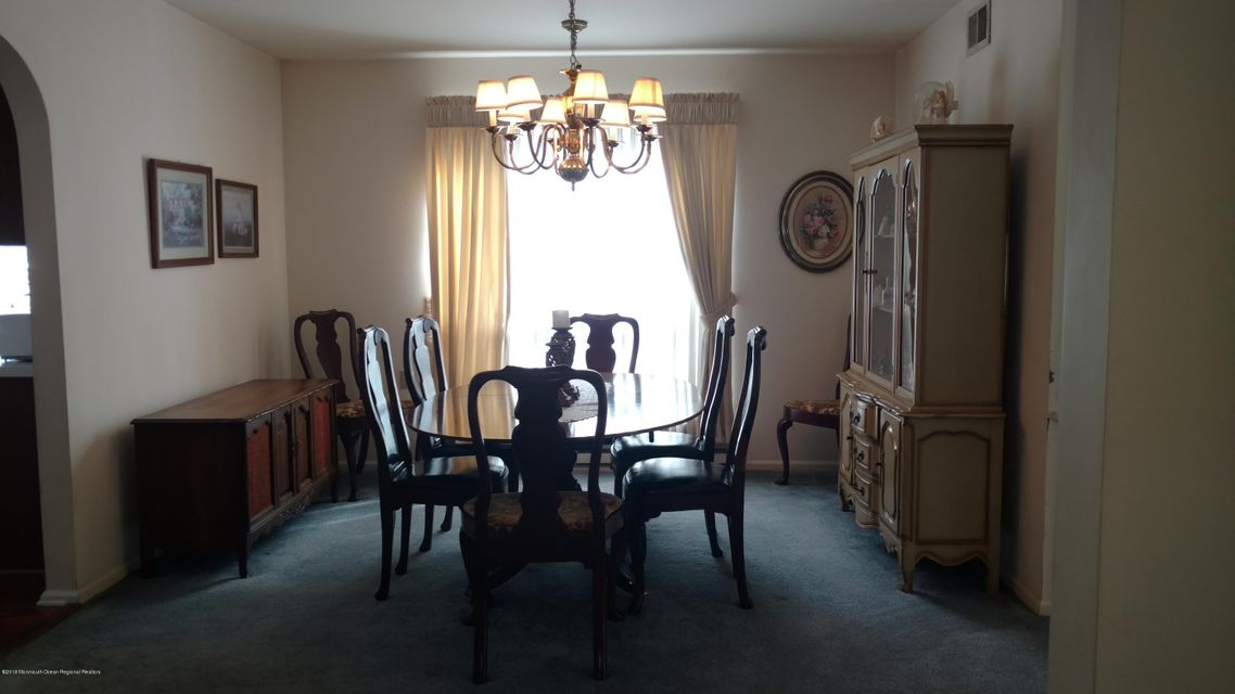 Additional photo for property listing at 16 Tarworth Terrace 16 Tarworth Terrace Manchester, 뉴저지 08759 미국