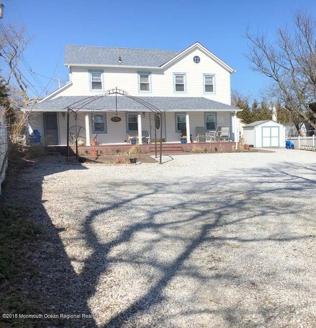 Vivienda unifamiliar por un Alquiler en 1714 Oak Terrace 1714 Oak Terrace Lake Como, Nueva Jersey 07719 Estados Unidos