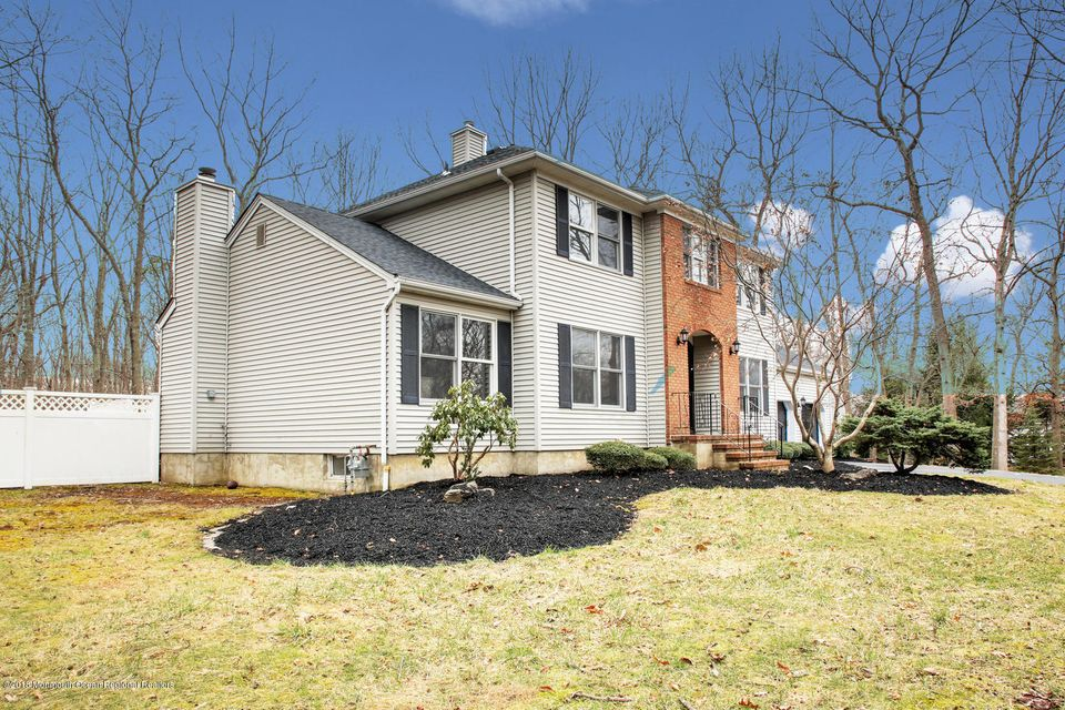 Additional photo for property listing at 4 Jessica Court 4 Jessica Court Jackson, New Jersey 08527 Hoa Kỳ