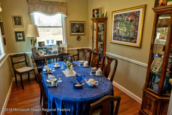 Additional photo for property listing at 45 Monmouth Road 45 Monmouth Road Oakhurst, New Jersey 07755 Stati Uniti