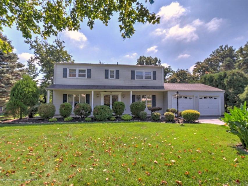 獨棟家庭住宅 為 出租 在 25 Freneau Drive 25 Freneau Drive Morganville, 新澤西州 07751 美國