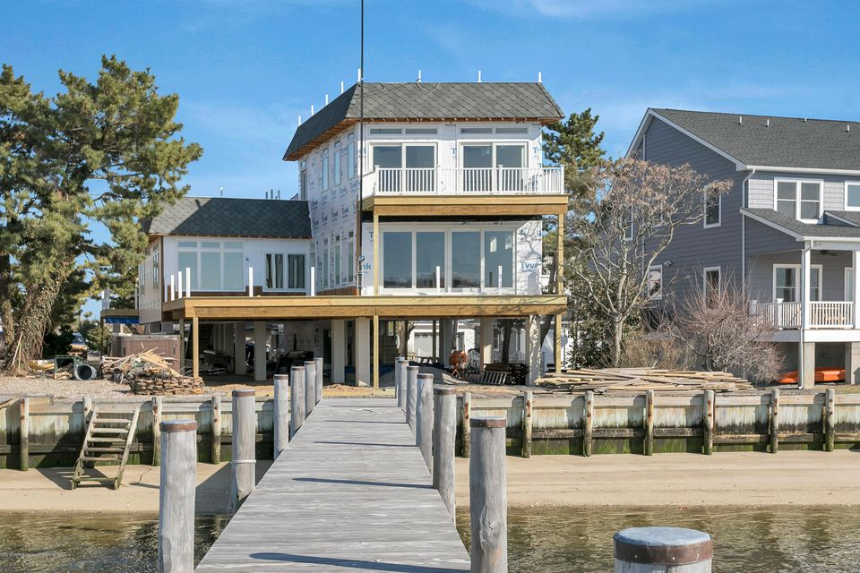 Single Family Home for Rent at 484 Ocean Avenue 484 Ocean Avenue Sea Bright, New Jersey 07760 United States