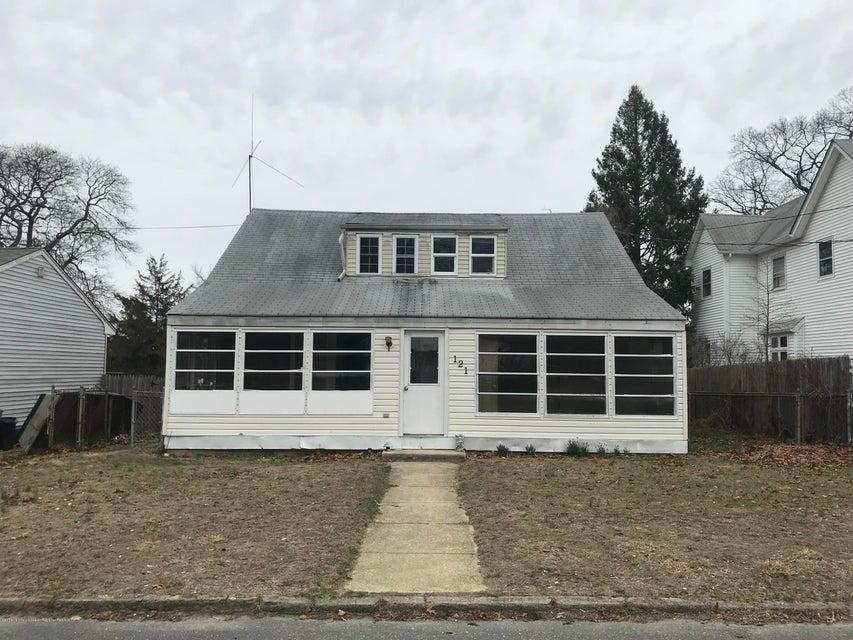 Nhà ở một gia đình vì Bán tại 121 Vansant Avenue 121 Vansant Avenue Island Heights, New Jersey 08732 Hoa Kỳ