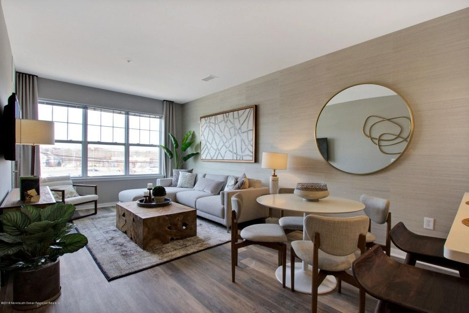 Apartamento por un Alquiler en 1101 Schindler Drive 1101 Schindler Drive Aberdeen, Nueva Jersey 07747 Estados Unidos