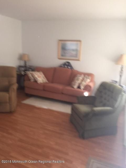 Additional photo for property listing at 883 A Balmoral Court 883 A Balmoral Court Lakewood, New Jersey 08701 Amerika Birleşik Devletleri