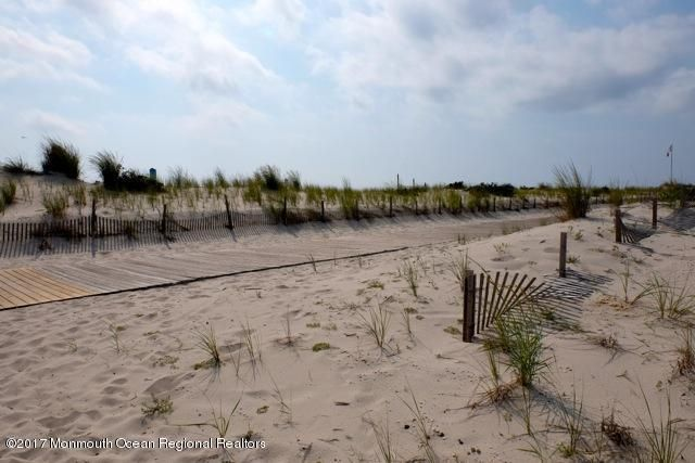 Additional photo for property listing at 57 I Street 57 I Street Seaside Park, New Jersey 08752 États-Unis