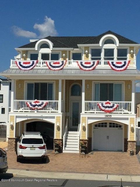 Tek Ailelik Ev için Satış at 1855 Ocean Avenue 1855 Ocean Avenue Ortley Beach, New Jersey 08751 Amerika Birleşik Devletleri
