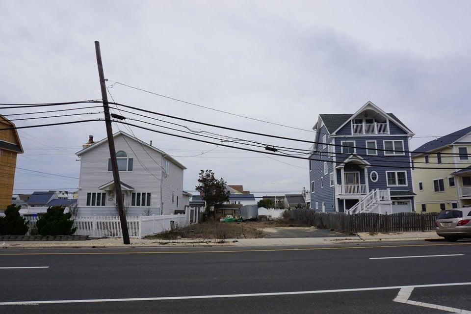 Land für Verkauf beim 467 Route 35 467 Route 35 Mantoloking, New Jersey 08738 Vereinigte Staaten