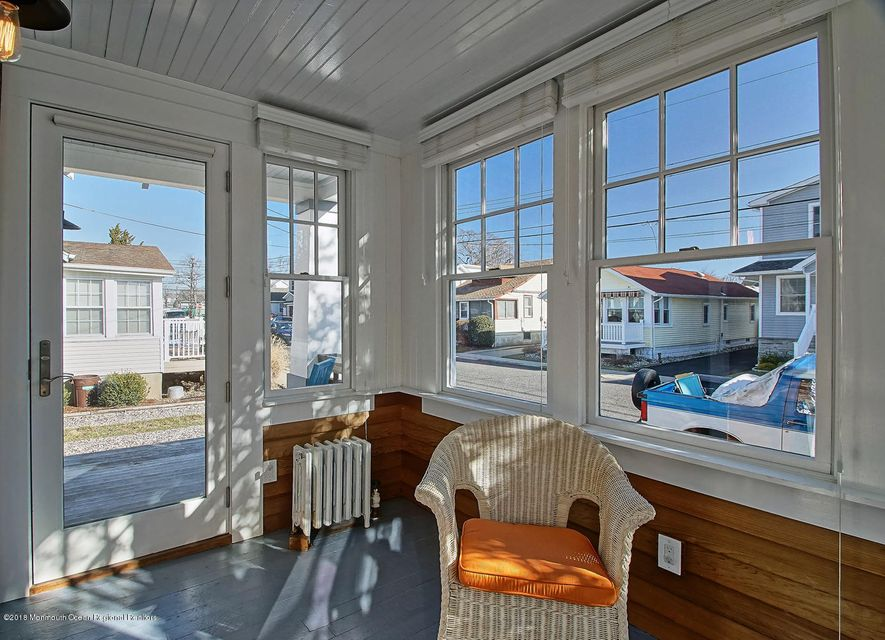 East facing recently renovated sunporch