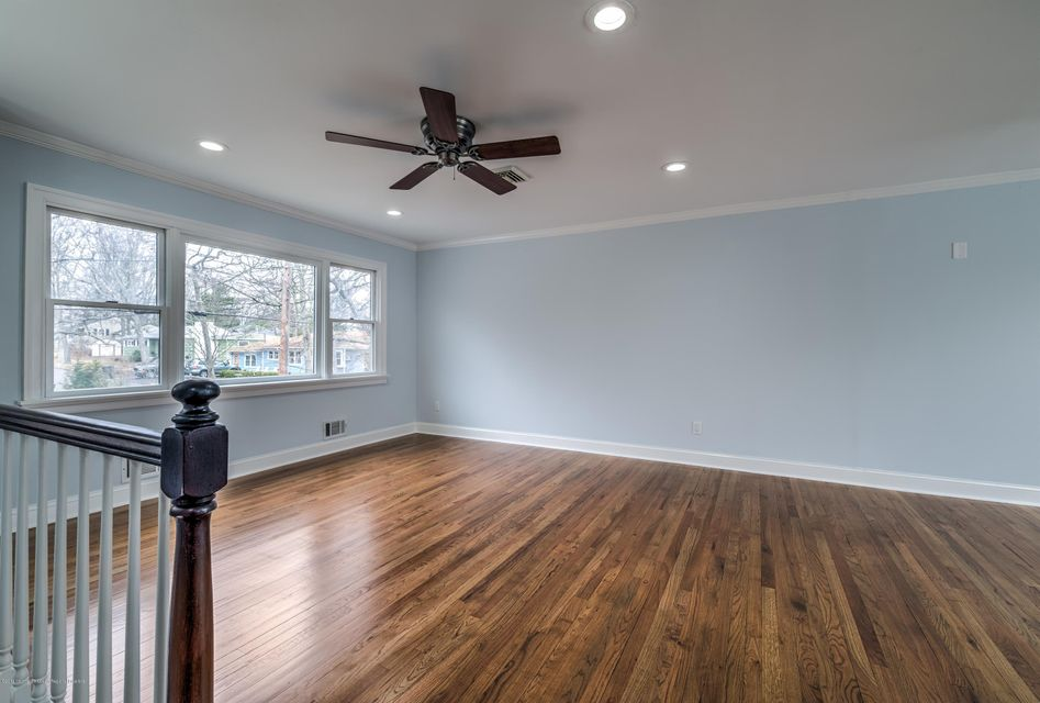 Additional photo for property listing at 9 Lenape Trail 9 Lenape Trail Brick, New Jersey 08724 Stati Uniti