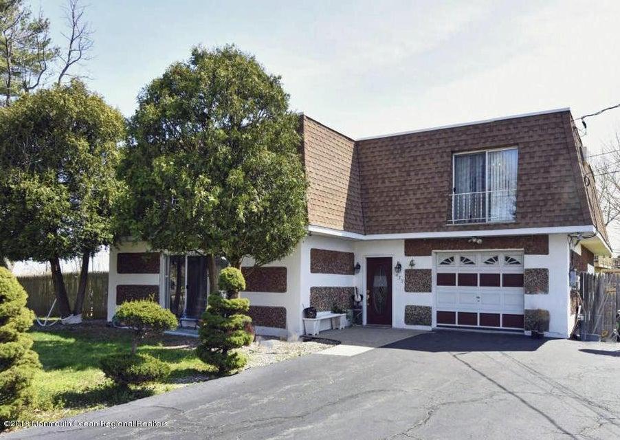 Einfamilienhaus für Verkauf beim 432 Port Monmouth Road 432 Port Monmouth Road Port Monmouth, New Jersey 07758 Vereinigte Staaten