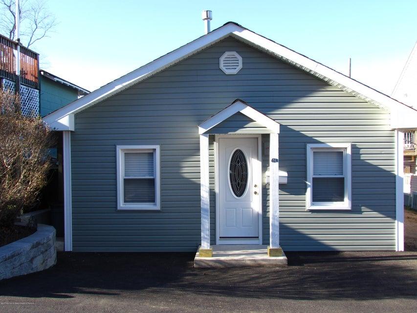 獨棟家庭住宅 為 出租 在 61 Linden Avenue 61 Linden Avenue Highlands, 新澤西州 07732 美國