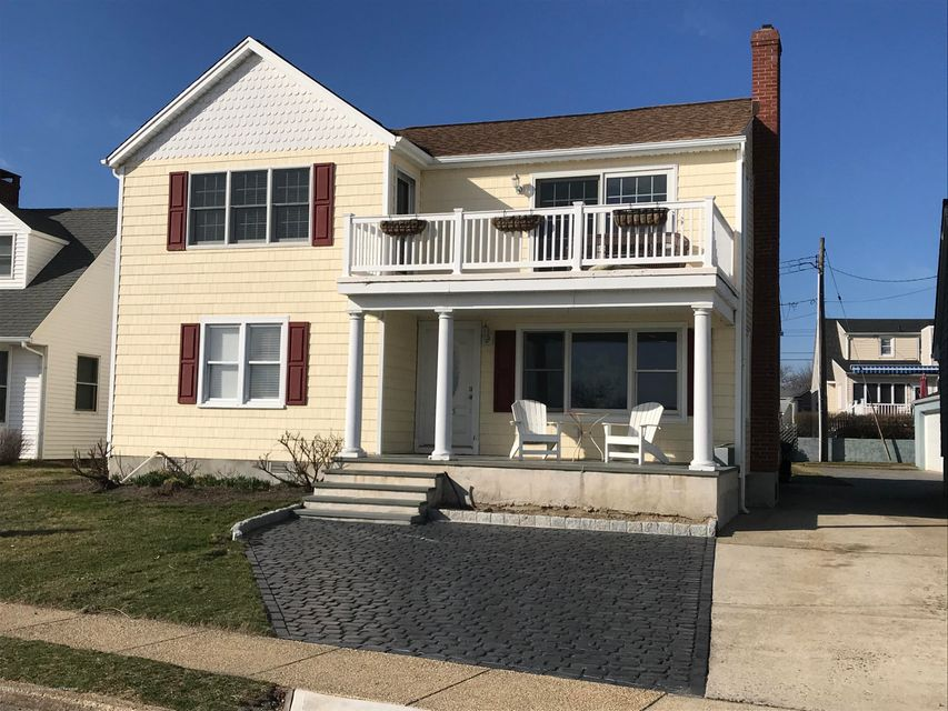 Vivienda unifamiliar por un Alquiler en 305 North Boulevard 305 North Boulevard Lake Como, Nueva Jersey 07719 Estados Unidos