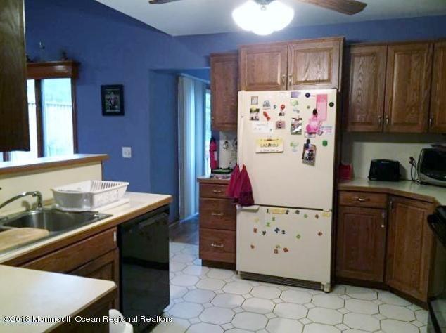 Additional photo for property listing at 504 Vanderbilt Avenue 504 Vanderbilt Avenue Bayville, Nova Jersey 08721 Estados Unidos