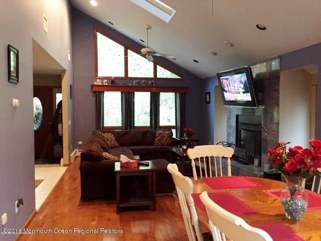 Additional photo for property listing at 504 Vanderbilt Avenue 504 Vanderbilt Avenue Bayville, 뉴저지 08721 미국