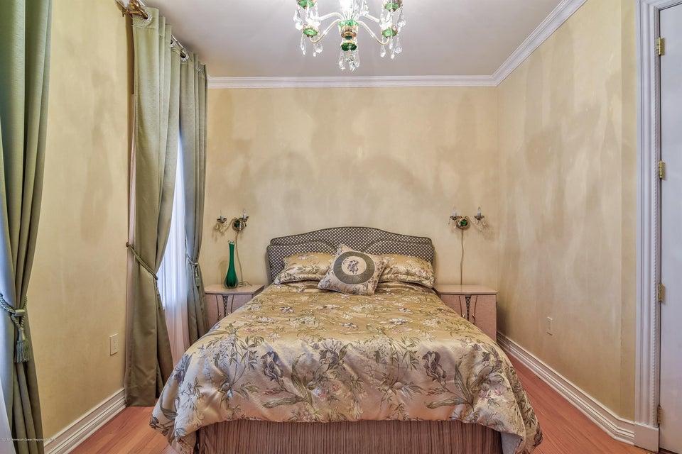 019_Bedroom