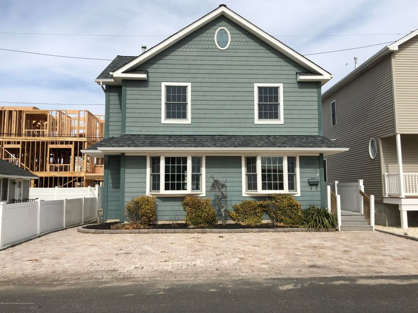 Single Family Home for Sale at 16 Colony Road 16 Colony Road Seaside Heights, New Jersey 08751 United States
