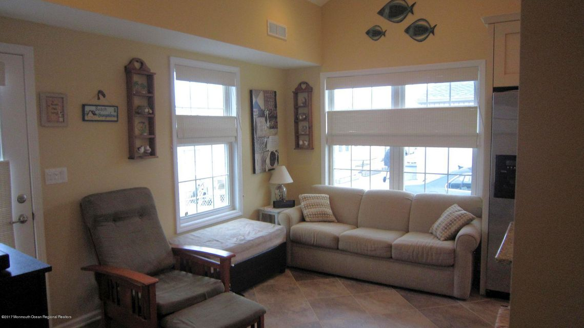 34 E Plover Way - Picture 2