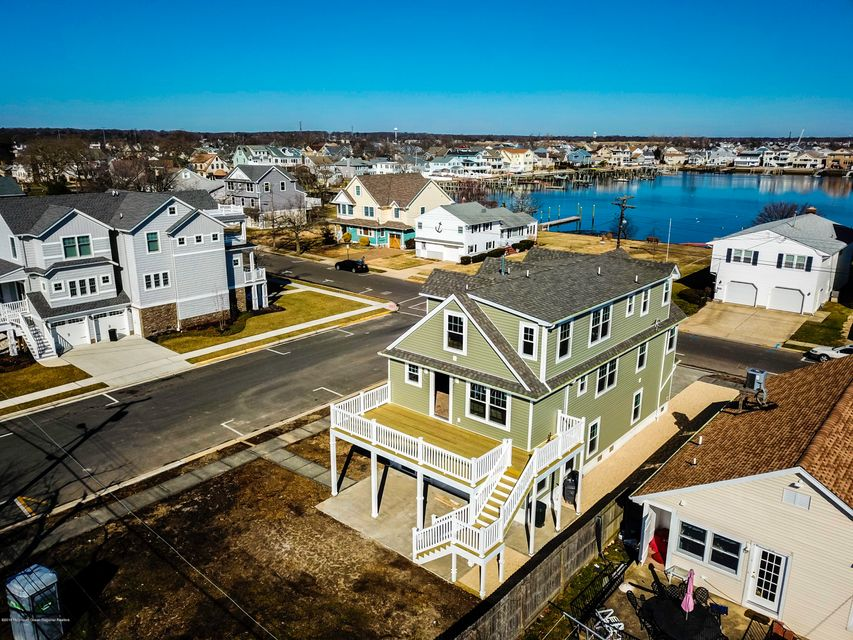 Single Family Home for Sale at 46 Niblick Street 46 Niblick Street Point Pleasant Beach, New Jersey 08742 United States