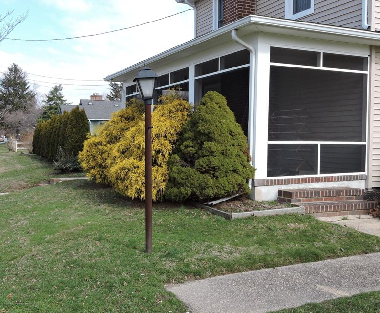 Additional photo for property listing at 415 Old Corlies Avenue 415 Old Corlies Avenue Neptune, Nova Jersey 07753 Estados Unidos