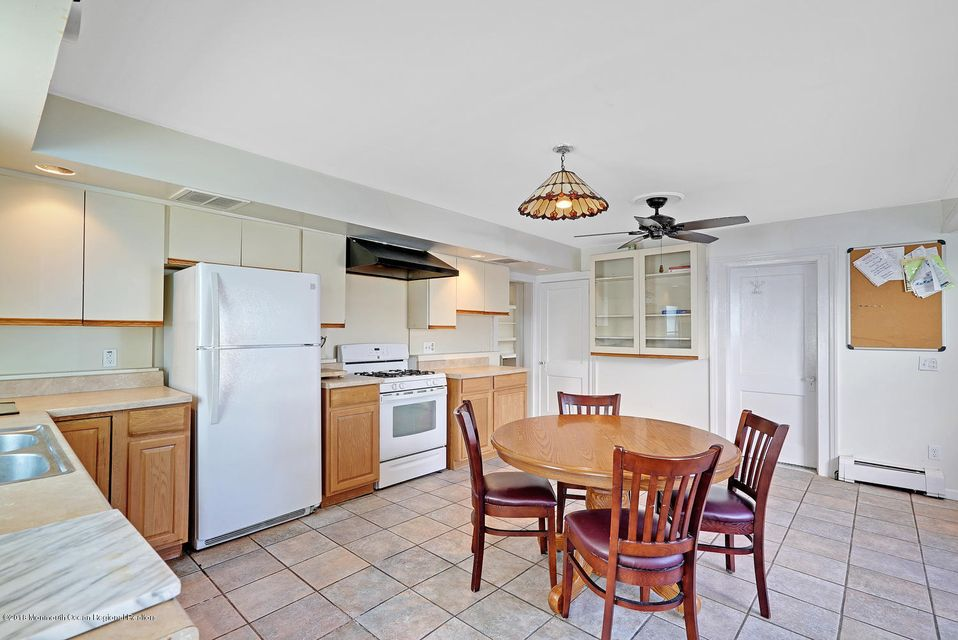 Additional photo for property listing at 500 Brielle Road 500 Brielle Road Manasquan, New Jersey 08736 États-Unis