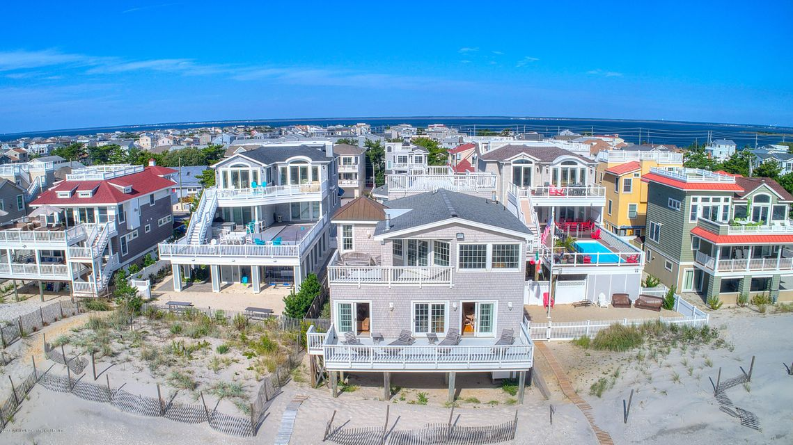 Single Family Home for Sale at 7211 Ocean Boulevard 7211 Ocean Boulevard Long Beach Township, New Jersey 08008 United States