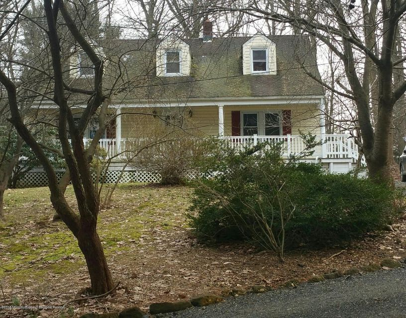 獨棟家庭住宅 為 出租 在 180 Beacon Hill Road 180 Beacon Hill Road Morganville, 新澤西州 07751 美國