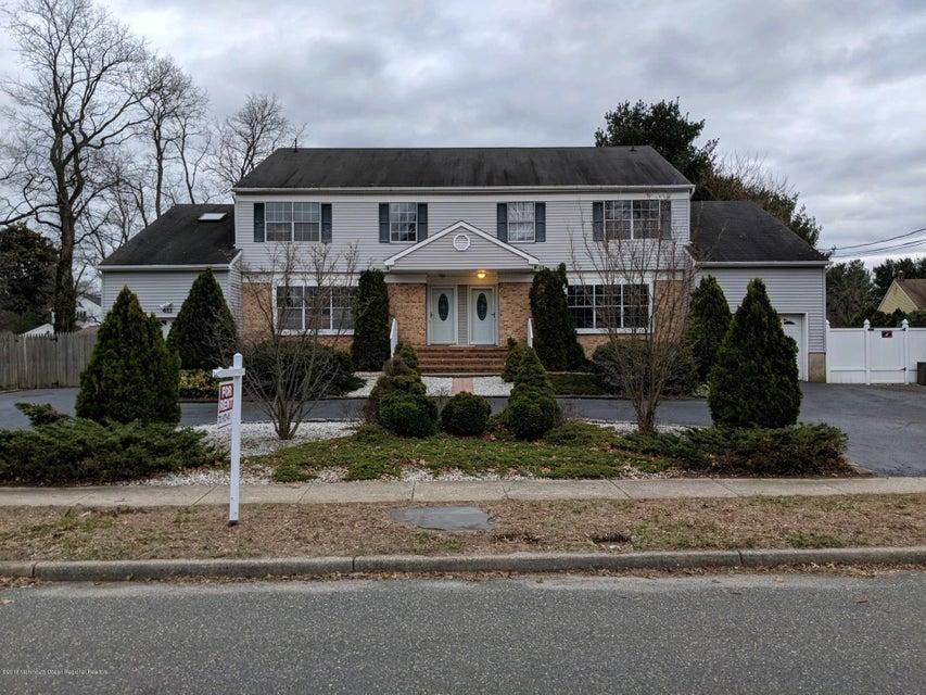 独户住宅 为 出租 在 413 Main Street 413 Main Street 米德尔敦, 新泽西州 07748 美国