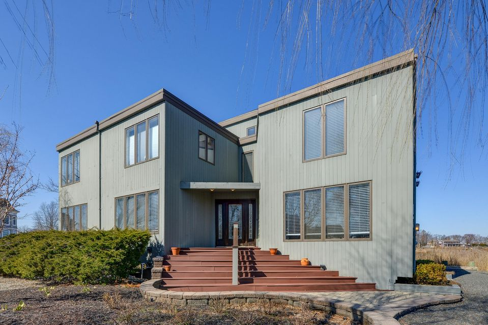 Single Family Home for Sale at 187 Monmouth Boulevard 187 Monmouth Boulevard Oceanport, New Jersey 07757 United States