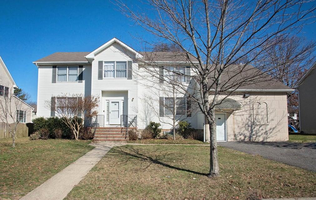 獨棟家庭住宅 為 出售 在 11 Engleberg Terr Terrace 11 Engleberg Terr Terrace Lakewood, 新澤西州 08701 美國