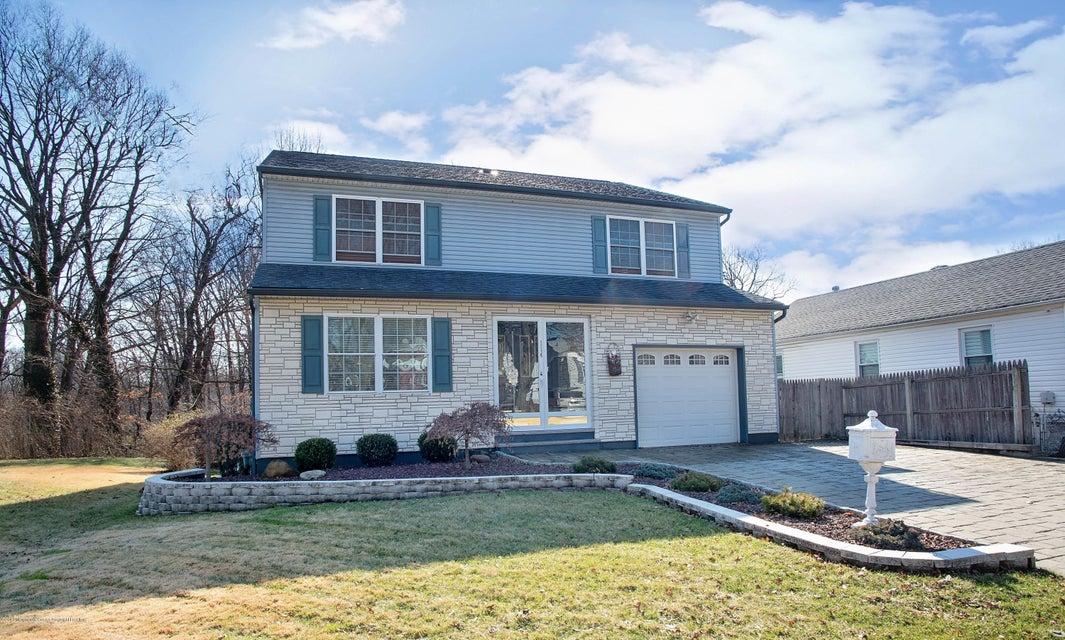 Einfamilienhaus für Verkauf beim 114 Gracey Street 114 Gracey Street Edison, New Jersey 08817 Vereinigte Staaten