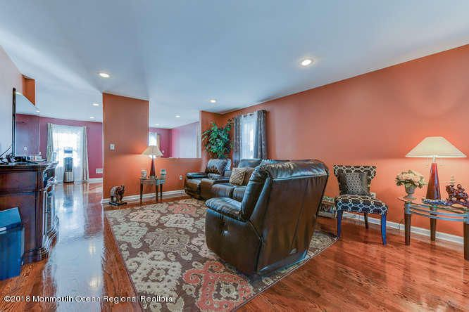 56 Richardson Ave Eatontown NJ-small-007