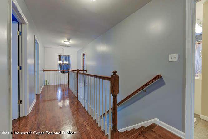 56 Richardson Ave Eatontown NJ-small-020