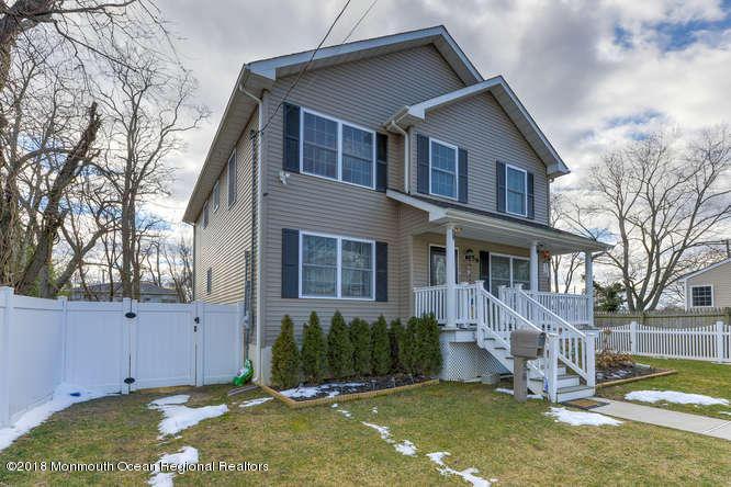 56 Richardson Ave Eatontown NJ-small-032