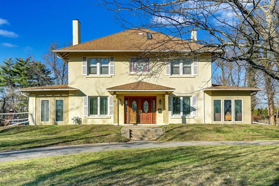 Einfamilienhaus für Verkauf beim 108 Crosby Avenue 108 Crosby Avenue Ocean Township, New Jersey 07712 Vereinigte Staaten