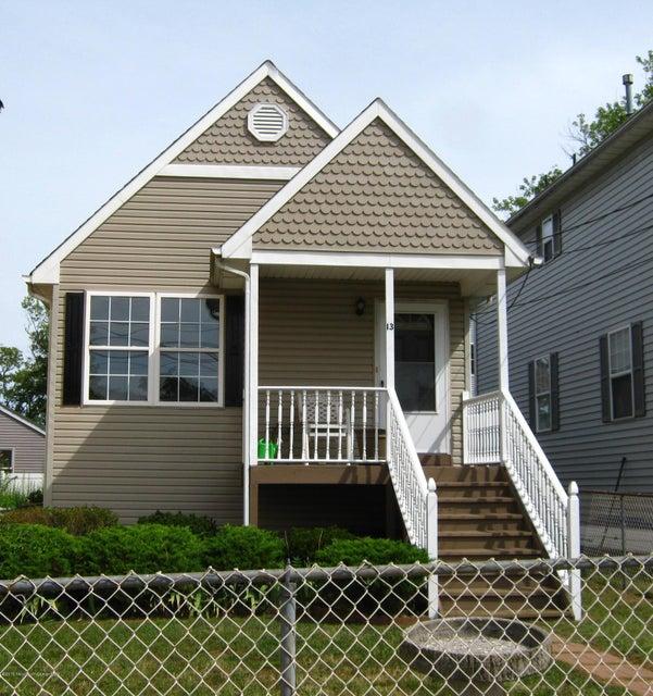 一戸建て のために 賃貸 アット 13 Brainard Avenue 13 Brainard Avenue Port Monmouth, ニュージャージー 07758 アメリカ合衆国