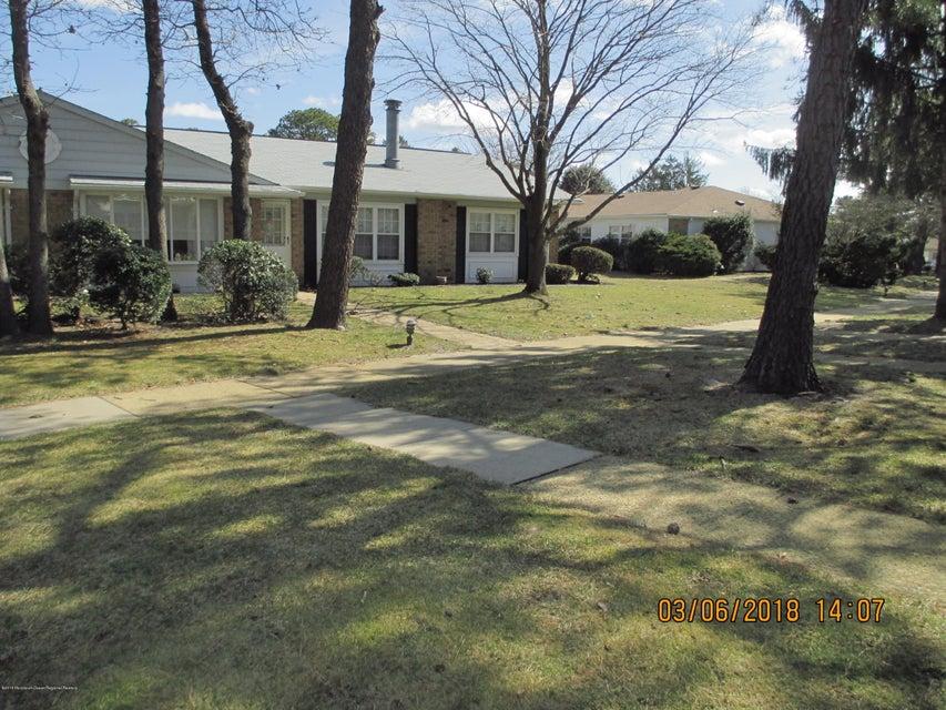 Einfamilienhaus für Mieten beim 43 Cambridge Circle 43 Cambridge Circle Manchester, New Jersey 08759 Vereinigte Staaten