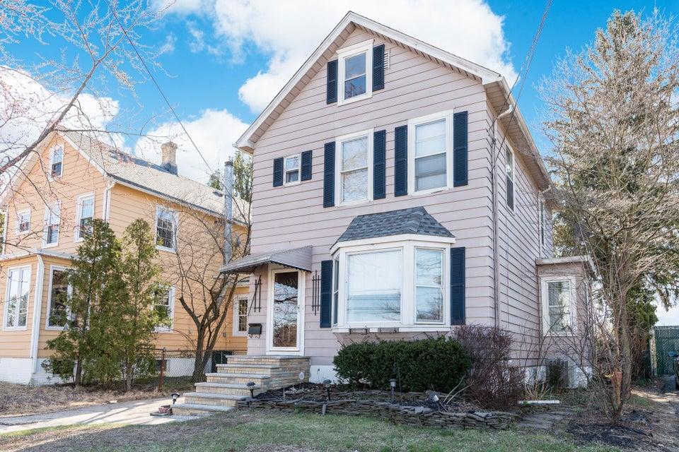 Casa para uma família para Venda às 256 Washington Avenue 256 Washington Avenue Milltown, Nova Jersey 08850 Estados Unidos