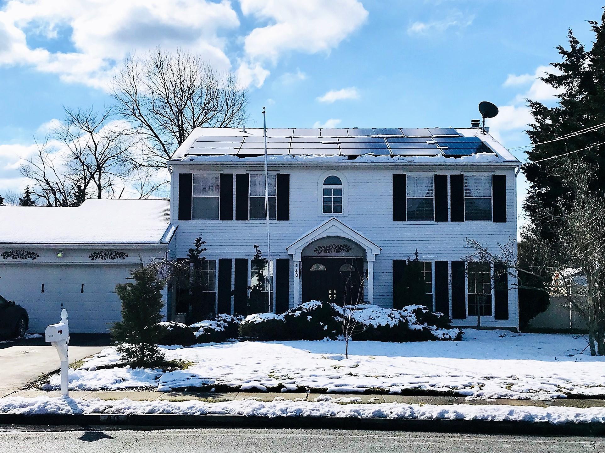 Maison unifamiliale pour l Vente à 40 New Friendship Road 40 New Friendship Road Howell, New Jersey 07731 États-Unis