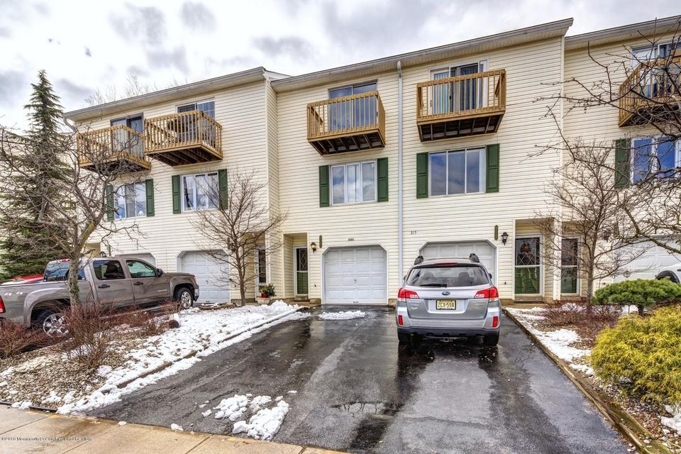 Condominium for Rent at 315 Shore Drive 315 Shore Drive Highlands, New Jersey 07732 United States