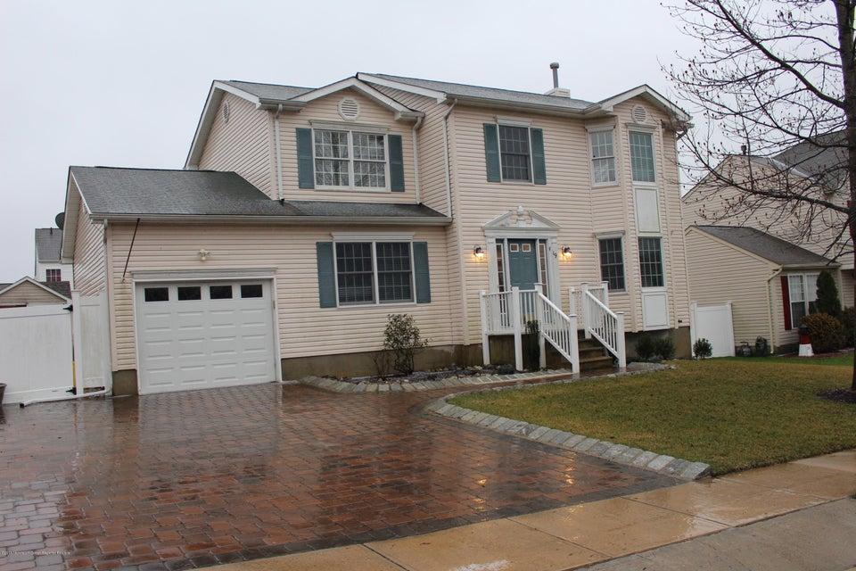 Casa Unifamiliar por un Alquiler en 19 Cannonball Drive 19 Cannonball Drive Barnegat, Nueva Jersey 08005 Estados Unidos