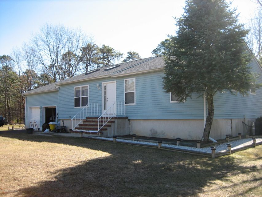 Single Family Home for Rent at 2 Tracy Place 2 Tracy Place Jackson, New Jersey 08527 United States