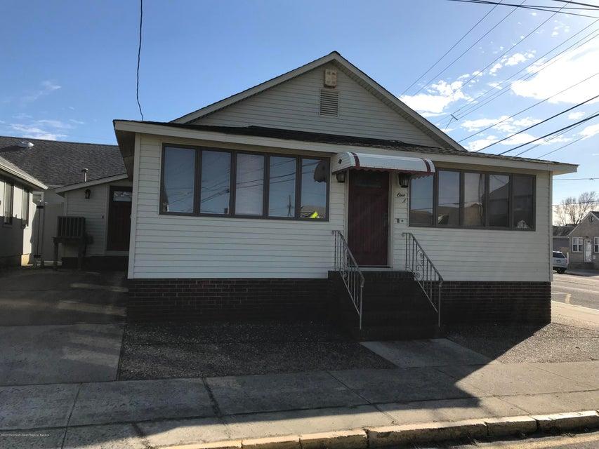 Einfamilienhaus für Mieten beim 1 Water Street 1 Water Street Point Pleasant Beach, New Jersey 08742 Vereinigte Staaten
