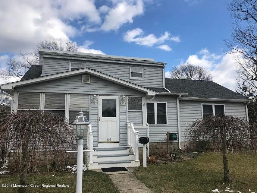 獨棟家庭住宅 為 出售 在 502 Midland Avenue 502 Midland Avenue Pine Beach, 新澤西州 08741 美國