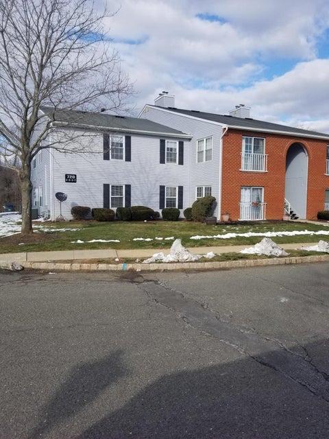 公寓 为 出租 在 720 Zlotkin Circle 720 Zlotkin Circle Freehold, 新泽西州 07728 美国