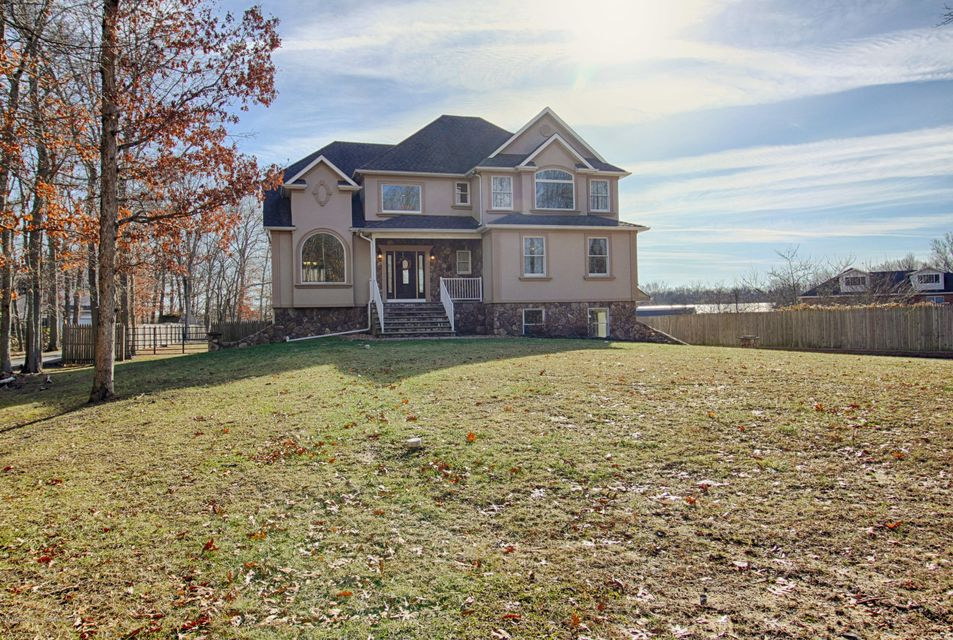 Single Family Home for Rent at 173 Pleasant Grove Road 173 Pleasant Grove Road Jackson, New Jersey 08527 United States