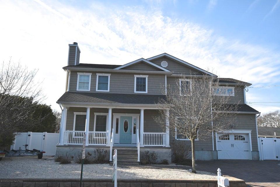 獨棟家庭住宅 為 出售 在 1022 Catherine Street 1022 Catherine Street Point Pleasant, 新澤西州 08742 美國